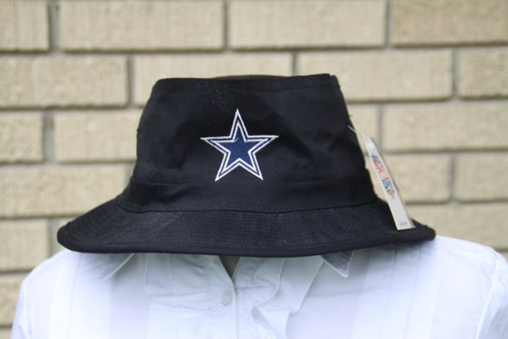 Black dallas cowboys embroidered star logo by flinglationship for Dallas cowboys fishing hat