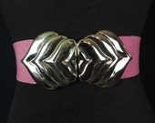 pink leaf stretch belt, 1980's kissy lips gold buckle elastic wasp waist, plus size, XL.