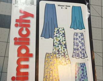 Simplicity It's So Easy Sewing Pattern 5524, NEW Sizes 8-18 Skirts
