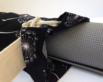 Black Dandelion Yoga Mat Bag