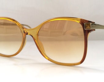 80s Vintage Viennaline Caramel Gemstone Small Wayframe Sunglasses