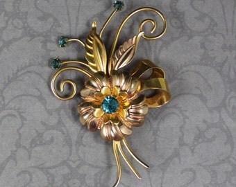 Vintage 1940s CM 12K Gold Filled Rhinestone Flower Brooch