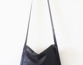 Black cross-body leather Bag, messenger bag