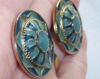vintage round silver tone with blue on blue pierced earrings, southwestern style pierced earrings 1015C