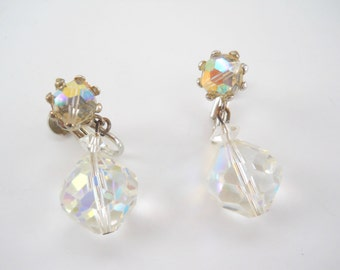 Vintage Crystal Cut Screw On Earrings • Vintage Drop Dangle Opalescent Earrings