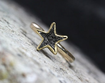 Raw Black Diamond Star Engagement Ring Delicate 14k and 22k Yellow Gold Zen Romantic Wish Upon A Star Fairy Tale Love Design - Petite Étoile