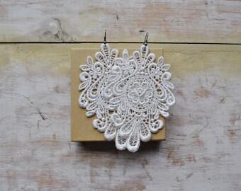 Ivory lace earrings/ White or ecru/Victorian earrings/Modern boho/Gift idea/ Bohemian/under 20/Bride earrings/rusteam