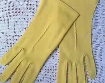 Vintage Ladies Gloves, Dressy gloves, Yellow gloves, dress up gloves