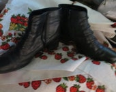 vintage black  leather womens VICTORIAN STYLE  zipper ankle boots size  6 1/2