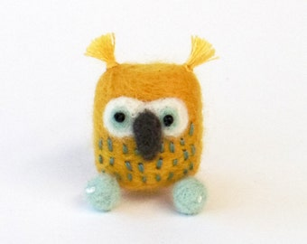 Yellow owl pin, Needle felted brooch - yellow, ice blue bird. Woodland gift, felt miniature animal