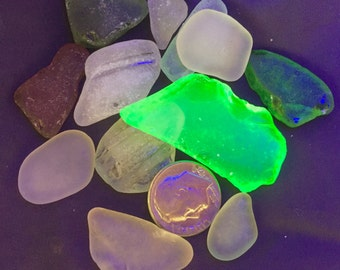 "Sea Glass or Beach Glass of Hawaii beaches Superior UV VASELINE 1 1/2""!  UltraViolet UV glass! Exotic! Rare piece!"