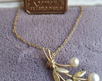 Vintage KREMENTZ 14 kt gold overlay  pearl necklace
