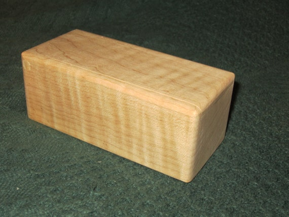 Small Curly Maple Trinket Box Wedding Favor Jewelry Peg Hinge