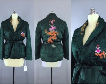 Vintage 1940s Satin Coat / 40s Lingerie Bed Jacket / 1930s Loungewear / Forest Green 30s Asian Chinoiserie Embroidered Dragon / Size L 12
