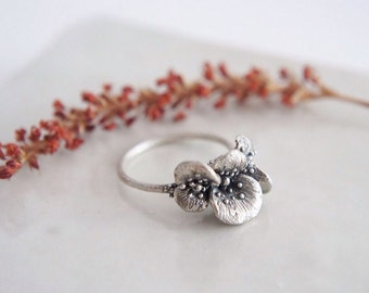 Papaver petals silver ring / AMARANTA Collection