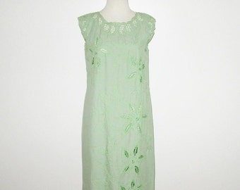 Vintage 1950s 1960s Dress / 50s 60s Green Sleeveless Dress With Open Work Cut Out Embroidered Floral Design - S, M