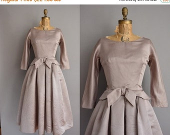 25% off SHOP SALE... 50s gorgeous taupe full skirt vintage dress / vintage 1950s dress