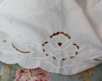 Vintage cut out Lace CURTAIN- white, cotton, floral, embroidered