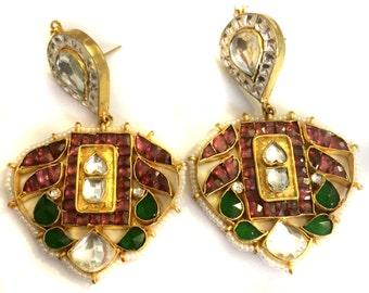 Kundan earrings,Royal Mughal,Red and Green kundan earrings,Traditional jewelry,Antique Jewellery by Taneesi