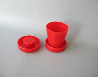 Vintage Plastic Fold up Glass, Collapsible glass, cup, red