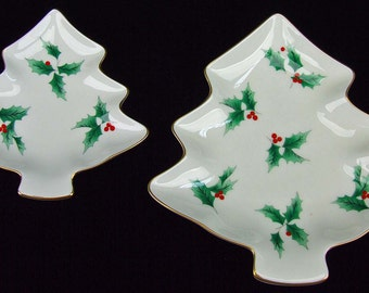 Pair of Vintage Porcelain Christmas Mikasa Tree Shaped Holly Serving Plates Tidbit Dish Candy With Original Box Japan ATCTTEAM TNTEAM