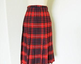 "40% OFF SALE Vintage 1950's Red Plaid Tartan Wool Skirt / Made in Scotland Pleated Scottish Kilt Skirt / Size Small 26"" Inch Waistline"