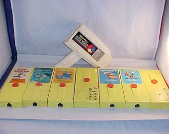 Fisher Price Movie Viewer With 7 Movies
