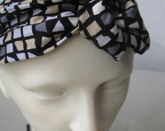 Rockabilly headband with a twist