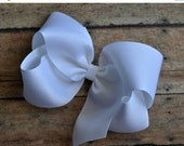 SUMMER SUPER SALE White Big 6 Inch Twisted Boutique Bow Bright White Bow