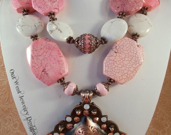 Western Rodeo Cowgirl Necklace Set - Chunky Pink and White Howlite - Crystal Concho Pendant