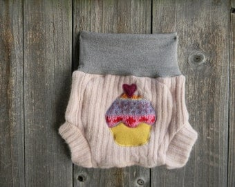 Upcycled Wool  Soaker Cover Diaper Cover With Added Doubler Gray / Light Pink With Cupcake Applique SMALL 3-6M Kidsgogreen