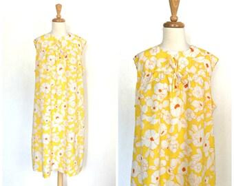 Vintage Yellow Sundress  - 60s dress - floral day dress -aline - shift dress - XL - Plus Size