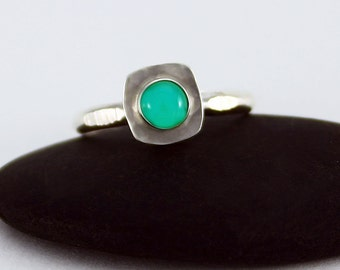 Size 7.5 Ring Handcrafted Sterling Silver Green Natural Chrysoprase Cabochon Contemporary Minimalist Artisan Jewelry Design 0940334822614