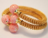 Vintage mesh bangle. Pink glass beads