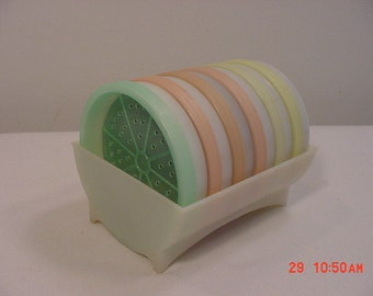 Vintage Tupperware Coasters And Holder Set   16 - 352