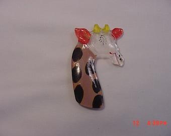 Vintage Reverse Painted Lucite Giraffe Brooch   16 - 18