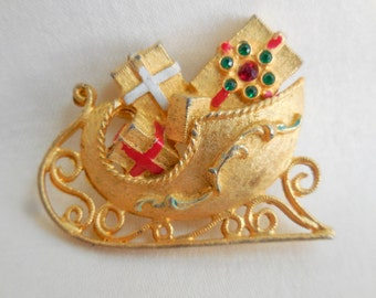 Vintage SIGNED MYLU RHINESTONE Christmas Sleigh Brooch Pin