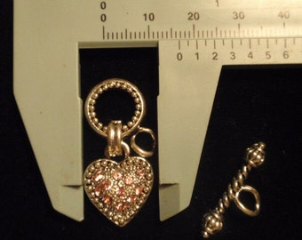 Toggle Clasp Heart with pink crystals 17mm, 9 pieces