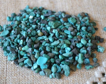 50g Turquoise Mini Chips Gemstone Beads Undrilled Embellishment Green