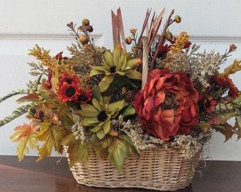 Fall Basket, Harvest Basket, Table Arrangement, Floral Arrangement, Basket
