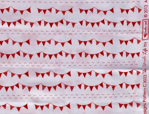 Holiday Sale : The Simple Life Tasha Noel Riley Blake fabric red white pennants FQ