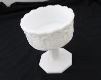 Kemple/McKee Milk Glass Quintec Pattern Compote Candy Dish Nut Dish Vintage
