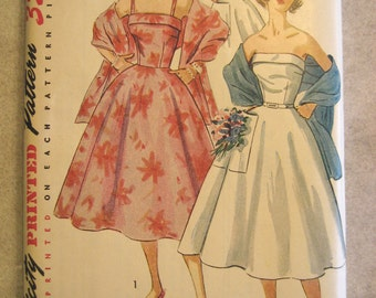Vintage 1950s Strapless or Spaghetti Strap Dress Pattern Matching Stole Simplicity 4302 Size 16