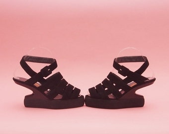 SALE 90s Platform Sandals // RARE Vintage // Jan Jansen // Designer Shoes // Gladiator Sandals // Strappy Heels // Cut Out Wedges // 6 1/2-7