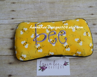 Bumble Bee Travel Baby Wipe Case, Gender Neutral, Personalized, Diaper Wipes Case, Embroidered, Monogrammed, Baby Shower Gift, Wipe Clutch