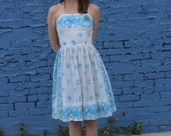 Pale Blue FLORAL dress - Vintage 50s summer day dress _-xs