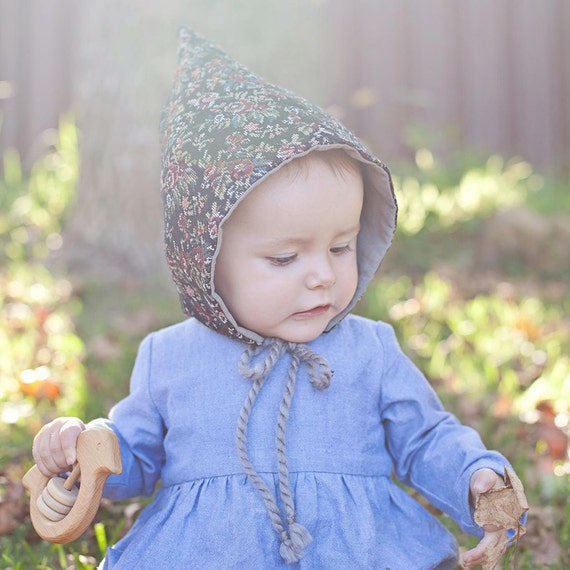 Pixie Hat  - Unisex PDF Sewing Pattern - Sizes Infant to age 10