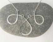 Triple Teardrop Necklace