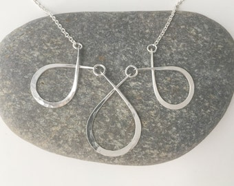 Triple Teardrop Necklace