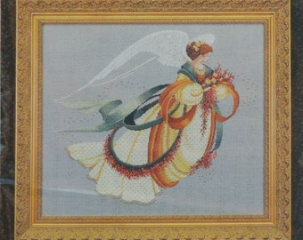 Angel of Autumn - Lavender and Lace - Crossstitch Chart 30
